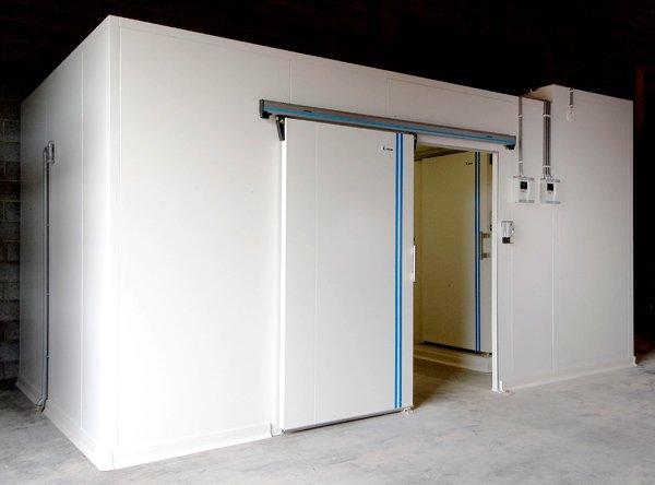 холодильная камера на складе